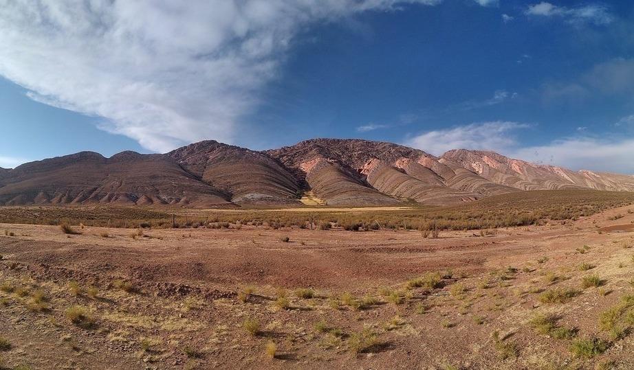 Die Quebrada de Humahuaca im Nordwesten ist eine unserer Top Sehenswürdigkeiten Argentiniens. Quelle: Viventura