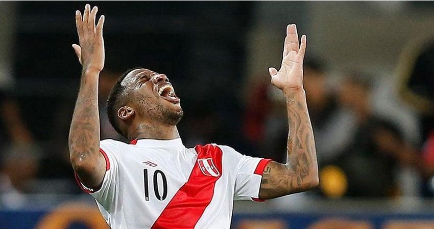 Farfan nach seinem Treffer gegen Neuseeland. Bildquelle: depor.com (AP)