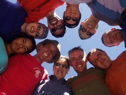 Yngrid und Andre mit einer super Reisegruppe im November 2003.
