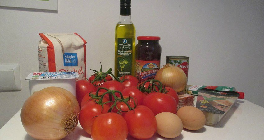 Die Zutaten stehen bereit für das Empanadas Rezept aus Chile