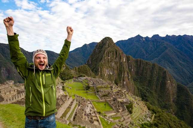 junger Mann vor Machu Picchu