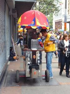 Kaffeestand in der Straße