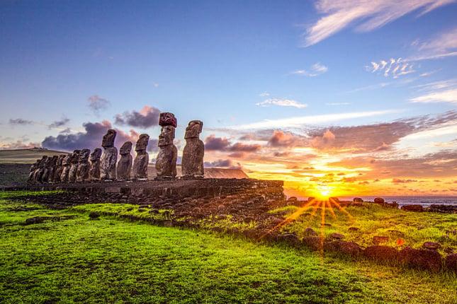 Weihnachten in Südamerika: Die Moai-Statuen auf der Osterinsel stellen ewige Rätsel auf