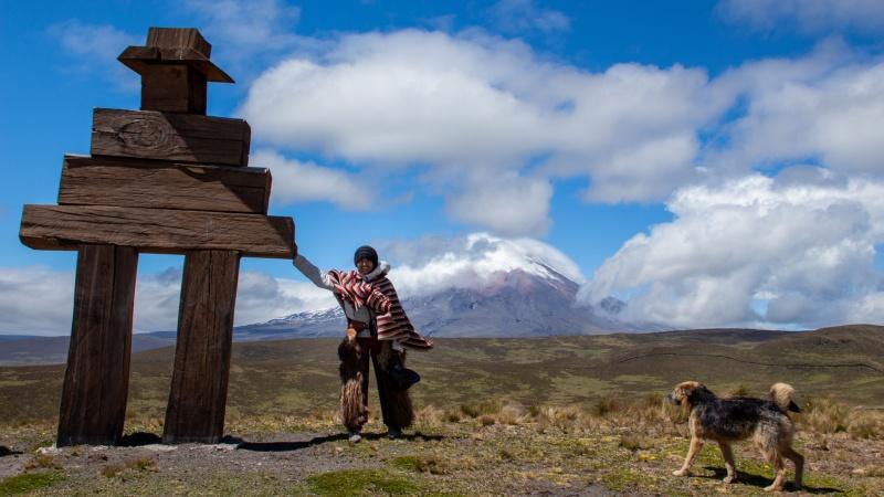 Auf dem Weg zum Ruminahui-Vulkan gibt es Aussichtsplattformen, von denen man bei guter Sicht bis zum Cotopaxi blicken kann.