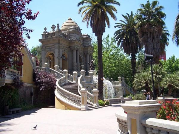 Santiago de Chile Sehenswürdigkeiten: Cerro Santa Lucia. Quelle: Wikimedia Commons.