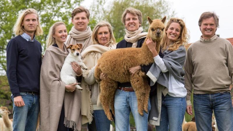 Auf Gut Aldenhövel leben mittlerweile über 100 Alpakas! Bild: Abolengo de Alpaca