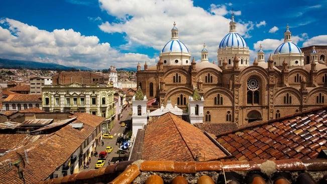 lets-travel-to-ecuador-with-dario-endara-featured