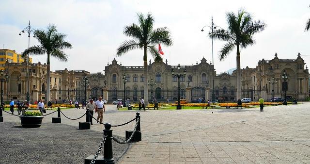 Die Plaza de Armas von Lima.