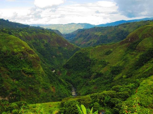 Farbvielfalt Südamerika: San Augustin