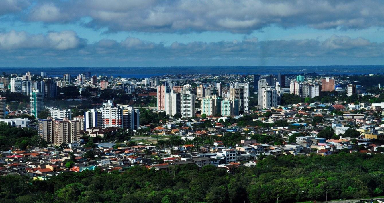 Großstadtdschungel trifft Amazonasdschungel: Manaus in Brasilien.