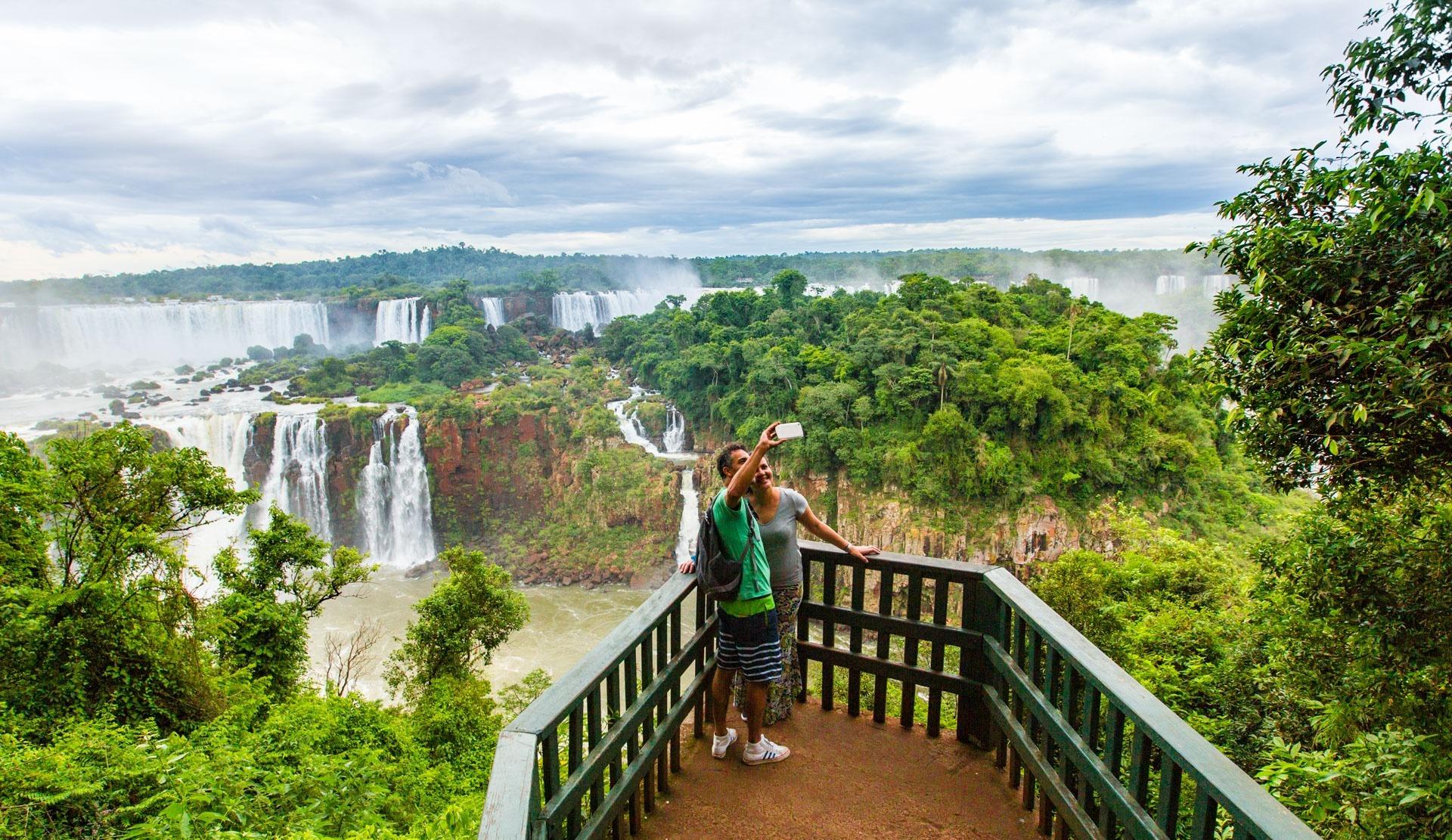 Die beste Reisezeit für die Iguazú-Fälle ist von November bis März. Quelle: Viventura